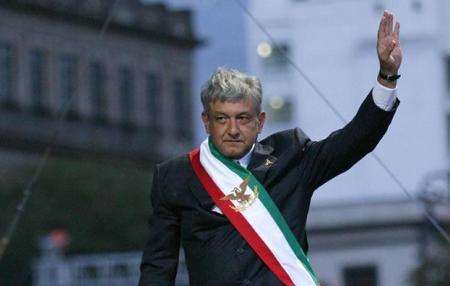 andrs-manuel-lpez-obrador-termina-su-periodo-como-presidente-legtimo-creando-un-nuevo-partido